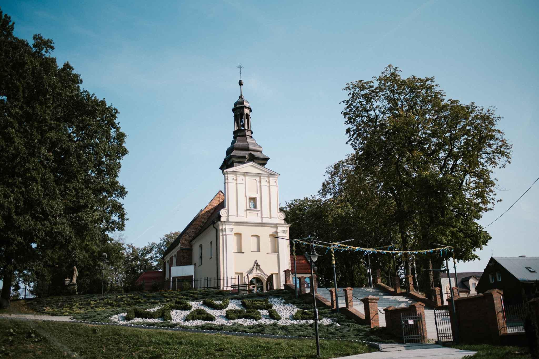 Kościół - ślub w Biskupicach, Siedem Drzew