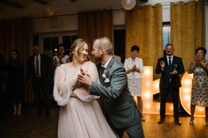 Pierwszy taniec - ślub w Biskupicach, Siedem Drzew