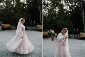 Panna młoda kręci się w sukni ślubnej - sesja ślubna w plenerze Biskupice, Siedem Drzew
