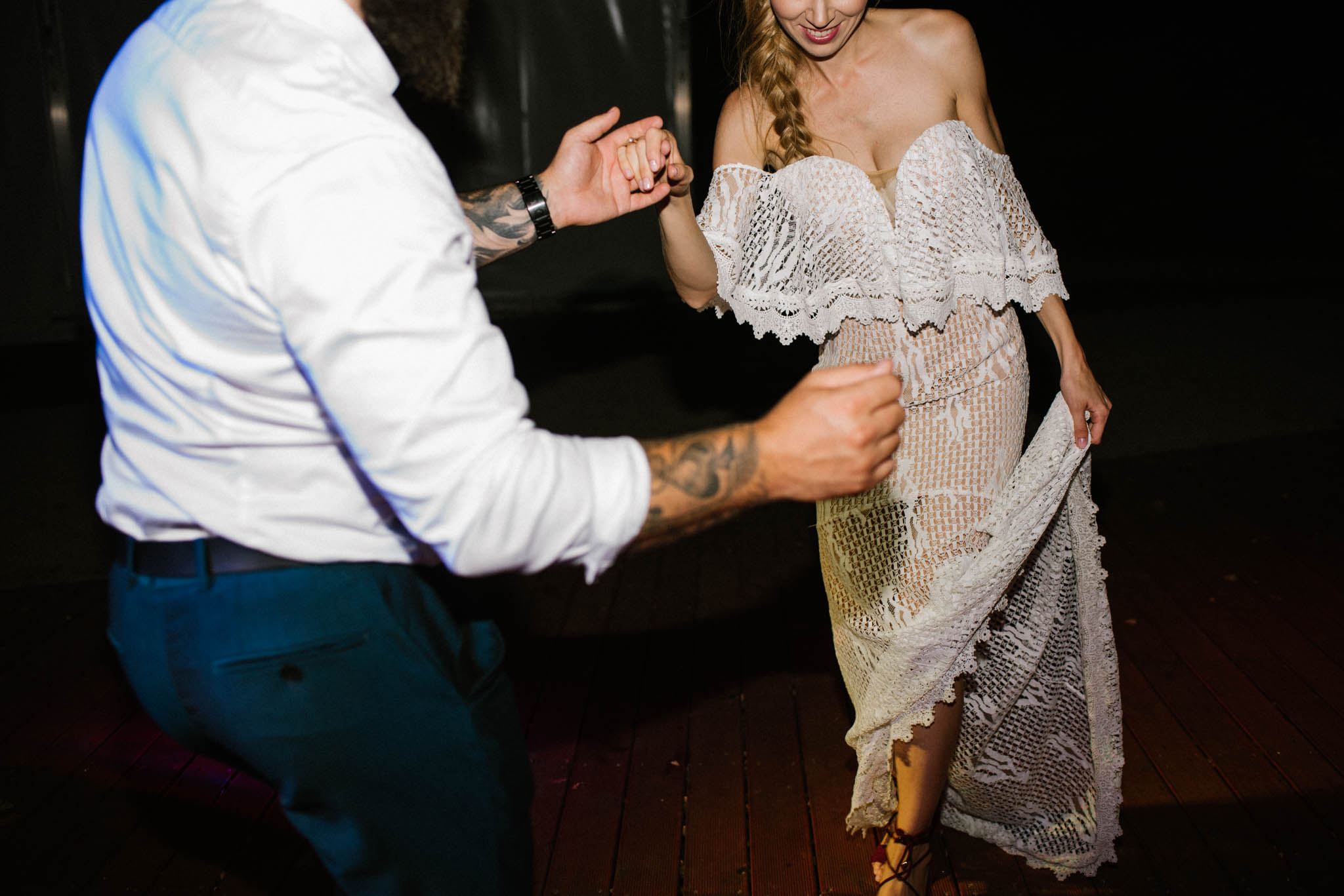 Taniec państwa młodych - sesja ślubna na Wyspie Św. Edwarda Zaniemyśl