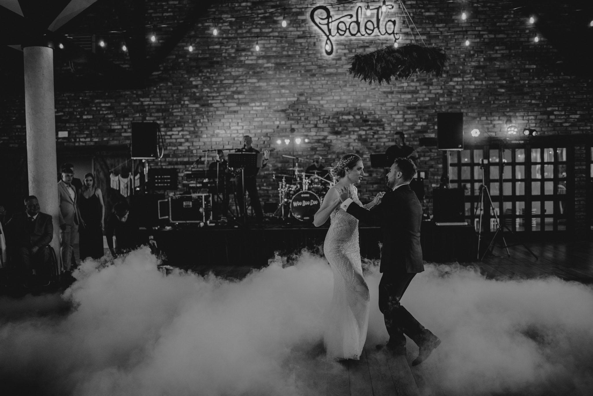 Pierwszy taniec -ślub w Stodole Bojanowo
